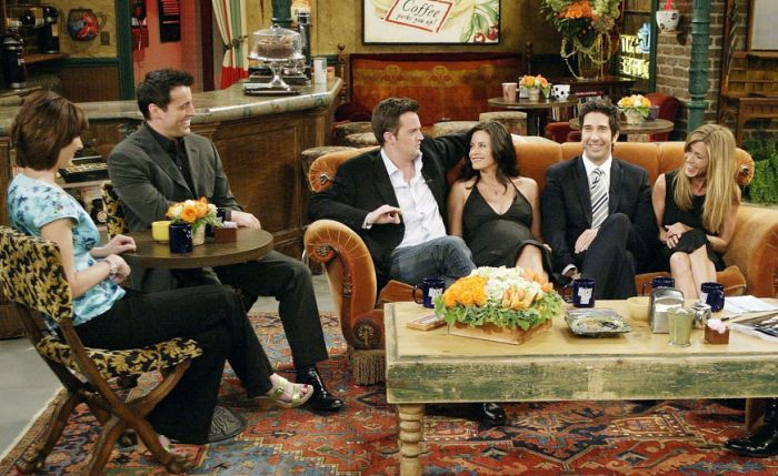 The Cast Of Friends In 1994, 2004 And 2016, part 2016
