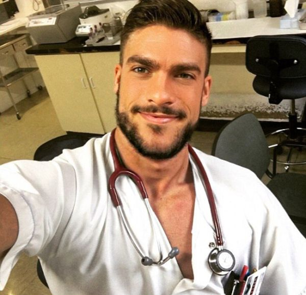 People Seem To Think This Man Is The World's Hottest Nurse