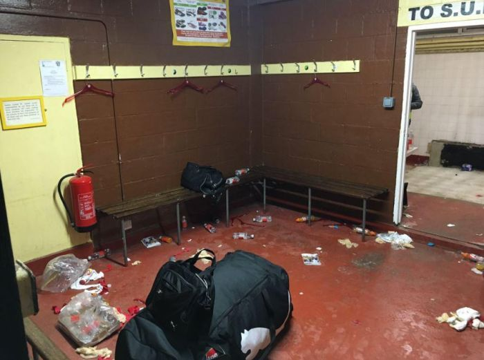 Arsenal Accused Of Lack Of Respect For Trashing A Locker Room