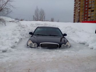 Russian Car Gets Frozen In A Block Of Ice