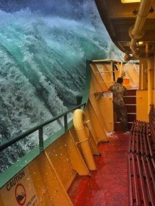 Deckhand Captures Massive Waves In Sydney