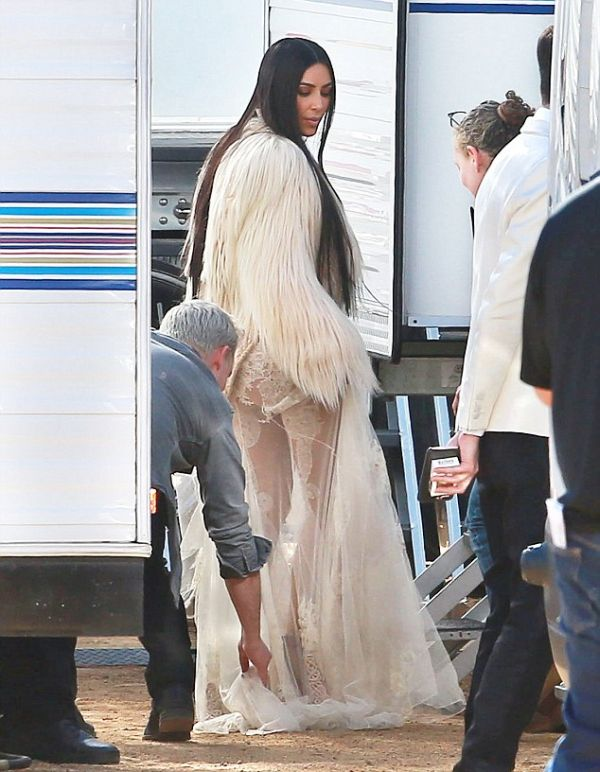 Kim Kardashian Spotted On The Set Of Ocean's Eight