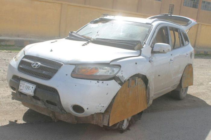 Hyundai Santa Fe Converted Into A Car Bomb