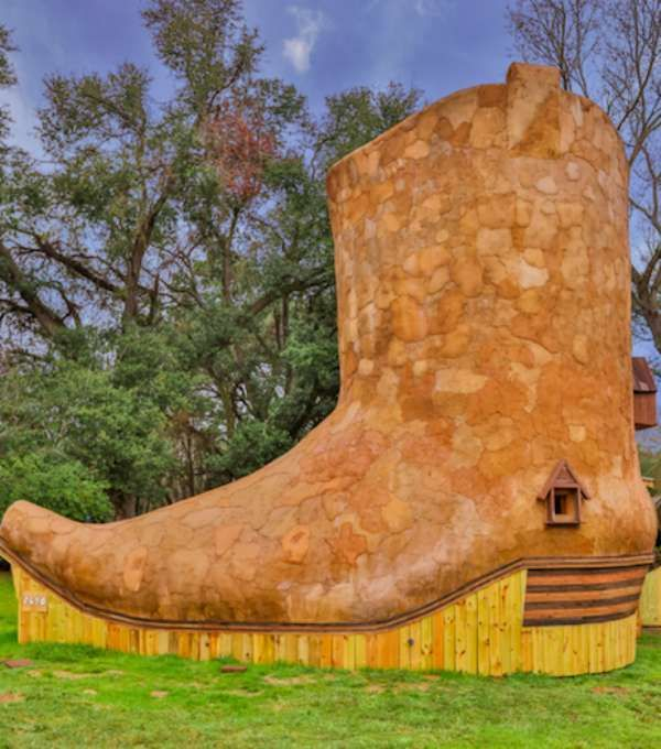 This Boot Shaped House Has Texas Written All Over It