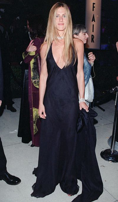 After 17 Years Jennifer Aniston Still Looks Just As Gorgeous