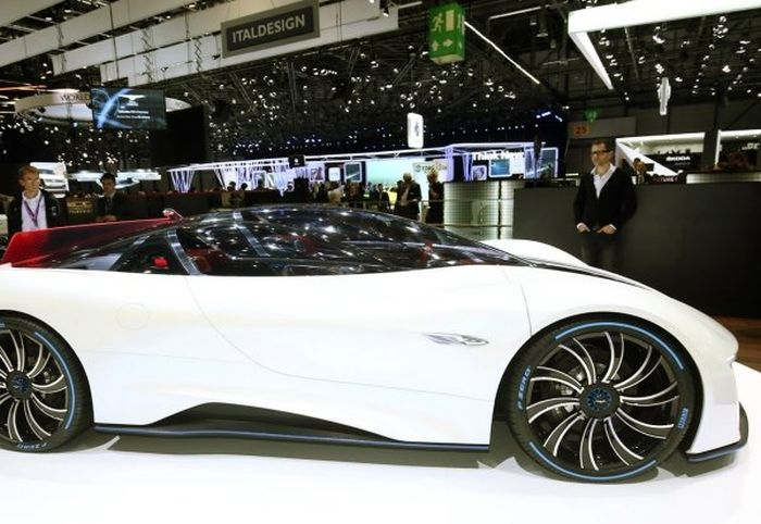 This Chinese Supercar Is Incredibly Powerful