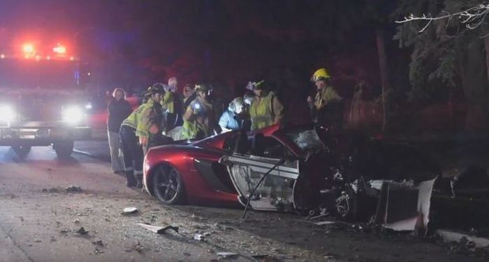 Man Crashes McLaren Spider In Burlington