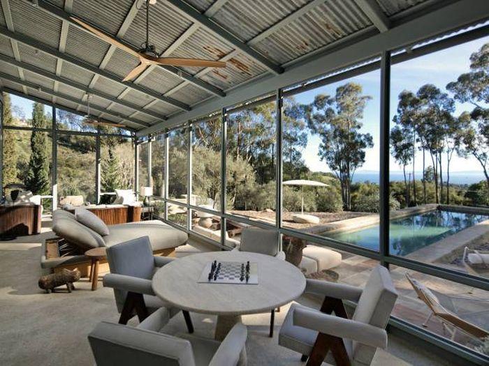 Ellen DeGeneres Put Her Gorgeous Mansion On The Market