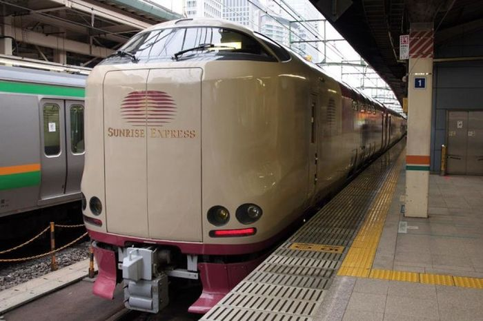 Many Japanese People Prefer The Sunrise Express Train