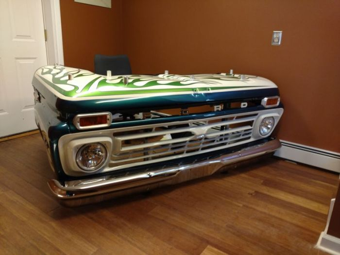 Old Pickup Truck Gets Turned Into A Cool Office Desk