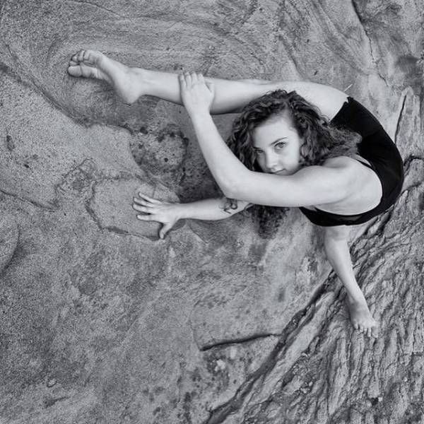 Sofie Dossi Is Unbelievably Flexible