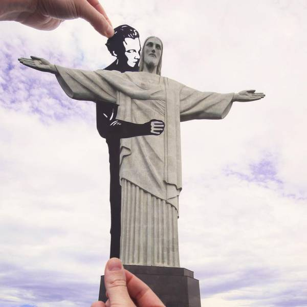 Real Artist Transforms Famous Landmarks Using Only Paper