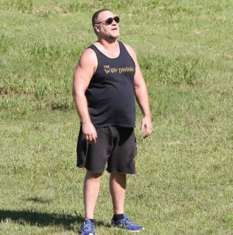 Russell Crowe Shows Off His New Crew Cut