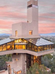 The Tallest Single Family Home In The World Is Now For Sale