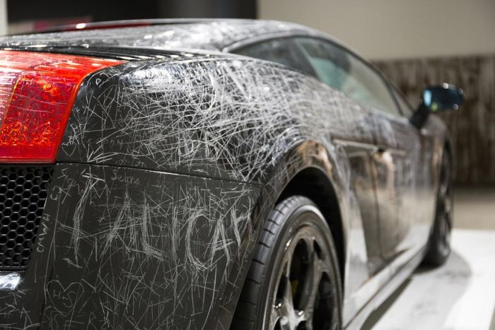 Visitors Can Scratch Anything Into This Lamborghini