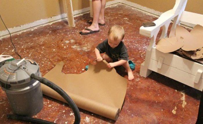 Woman Updates Her Floor Using Ordinary Paper