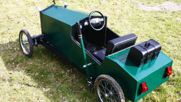Dad Builds His Son A Vintage Car Replica