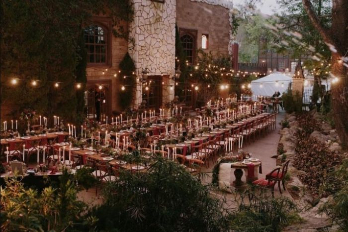 Couple's Harry Potter Themed Wedding Is A Fantasy Come True