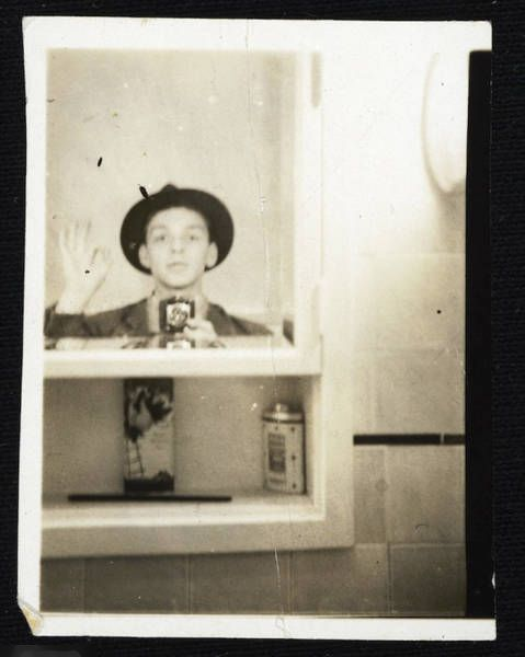 Vintage Celebrity Selfies That Were Taken Before Smartphones