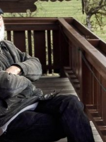 Belgian Man Lands His Dream Job At Austrian Cliffside Retreat