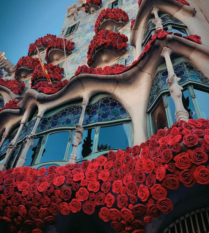 One Of The Most Famous Buildings In Barcelona Is Bleeding Roses