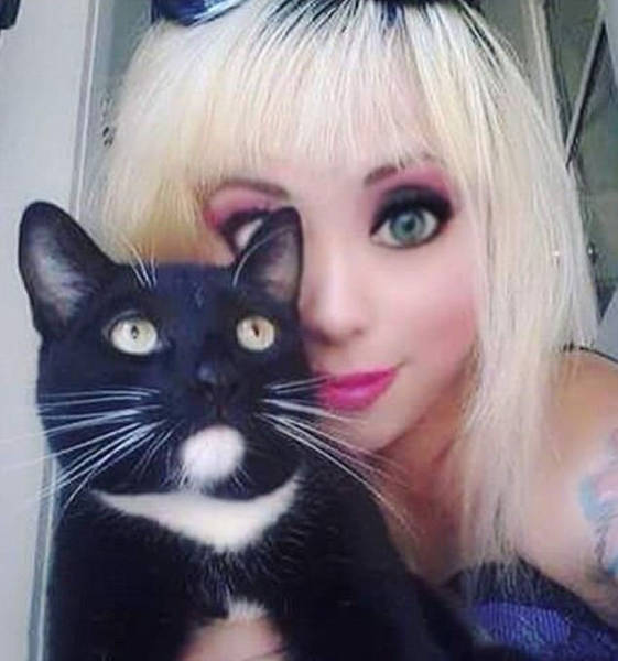 Girl Goes From Goth To Real Life Barbie Doll