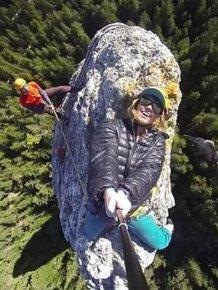 Woman Takes An Extreme Selfie