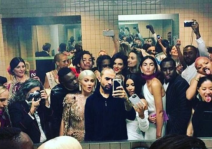 The Met Gala Bathroom Is Where The Really Party Took Place