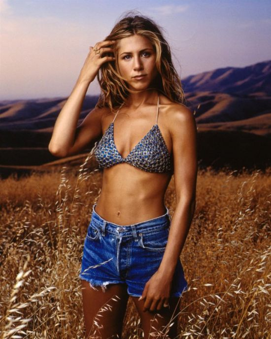 Hot Jennifer Aniston T... Jennifer Aniston