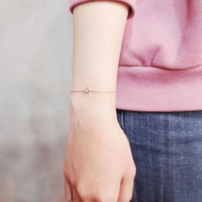 Tiny Tattoos For People Who Like Minimalism