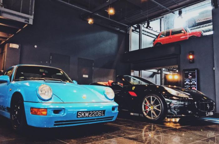 Singapore Has A Gigantic Vending Machine For High End Cars