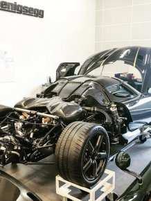 Koenigsegg Agera RS Gryphon Crashes During Test Drive