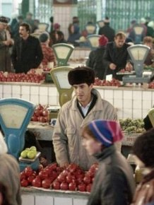 Vintage Photos Show The Markets Of The Soviet Union