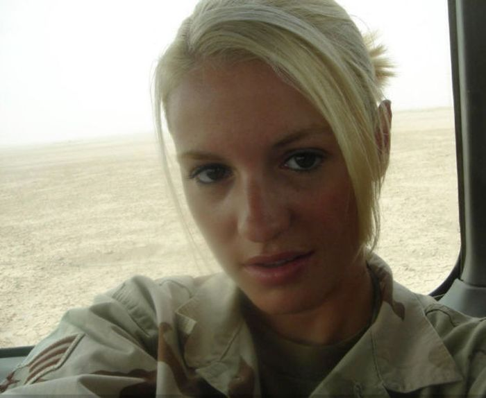 Beautiful Military Girls In Honor Of Memorial Day