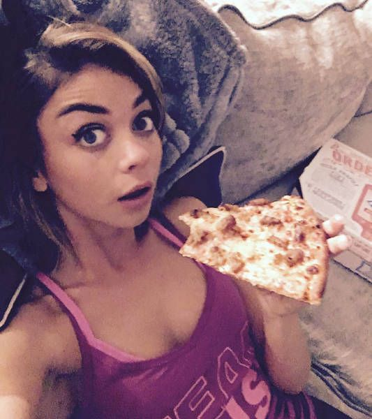 Modern Family Star Sarah Hyland Reacts To Body Shamers