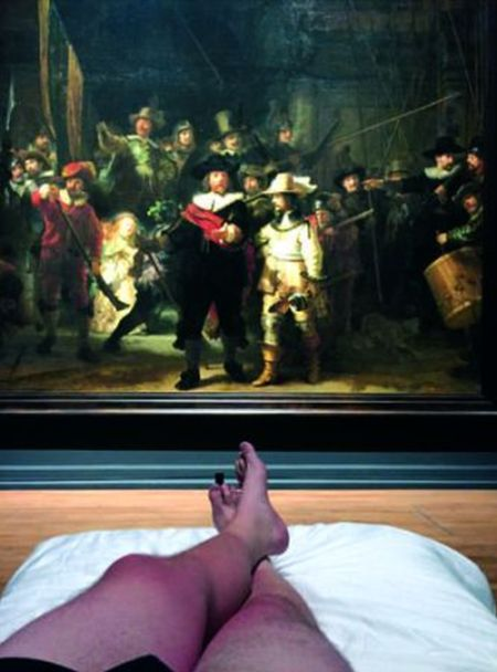 Man Gets To Sleep In Front Of Rembrandt In Amsterdam