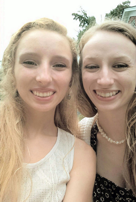 17 Pairs Of People Who Found Their Doppelgangers