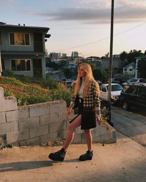 Ireland Baldwin Shares Racy Photos On Instagram