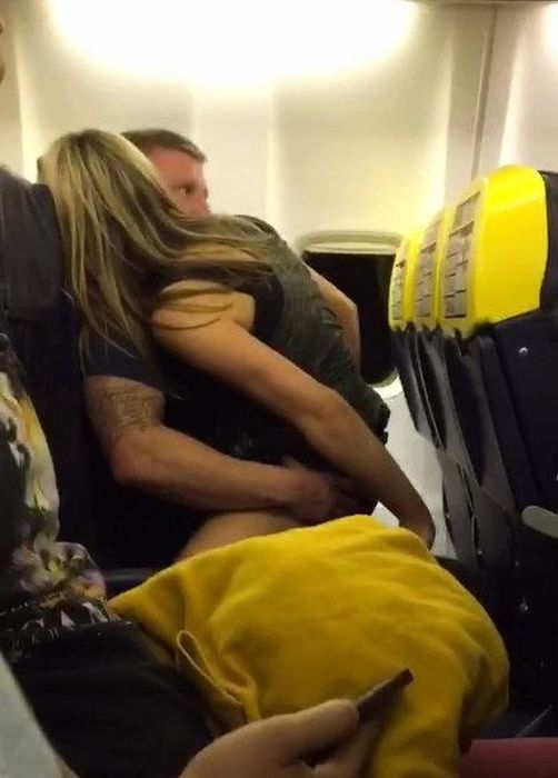 Airplane Passenger Gets Busted Cheating On His Pregnant Fiancee