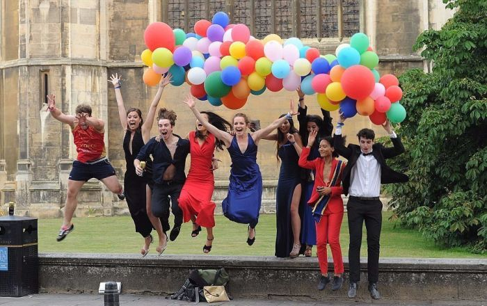 Cambridge University Really Knows How To Party
