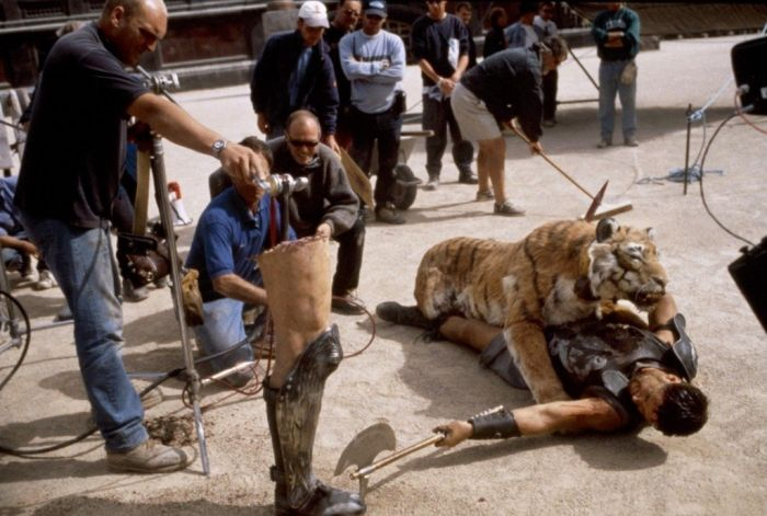 Captivating Behind The Scenes Photos From Famous Movie Sets
