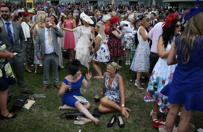 Fallers And Brawlers Party At Ladies Day