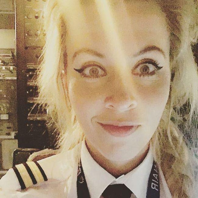 Airplane Pilot Annie Fluff Is Stunning