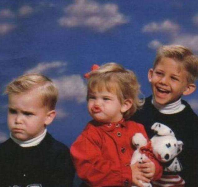 Kids Who Clearly Don't Care About Your Stupid Family Photos