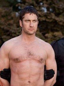 Gerard Butler Definitely Doesn't Look Like King Leonidas