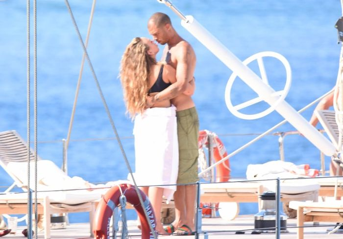 Mugshot Guy Jeremy Meeks Spotted With Topshop Heiress Chloe Green