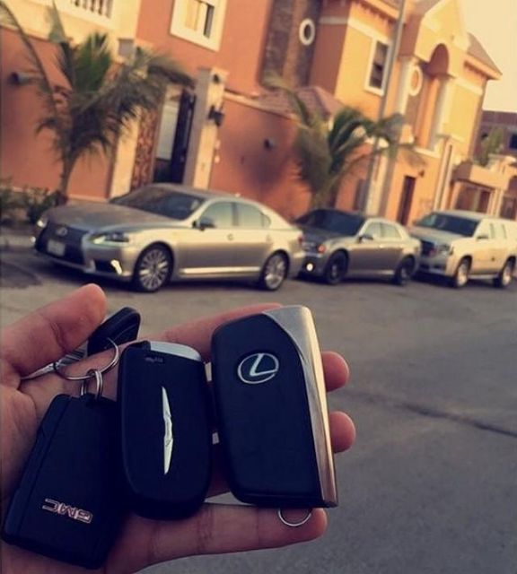 Rich Arabs Love To Spend Money