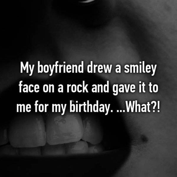 People Reveal The Worst Birthday Gifts They've Received