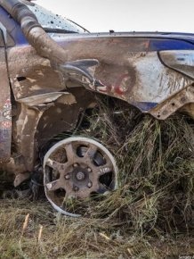 This Car Traveled 70 Kilometers On Only 3 Wheels