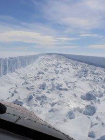 One-Trillion Ton Iceberg Breaks Off From Antarctica